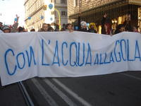26 novembre a roma una bella giornata di lotta ,per l'acqua , i beni comuni, la democrazia